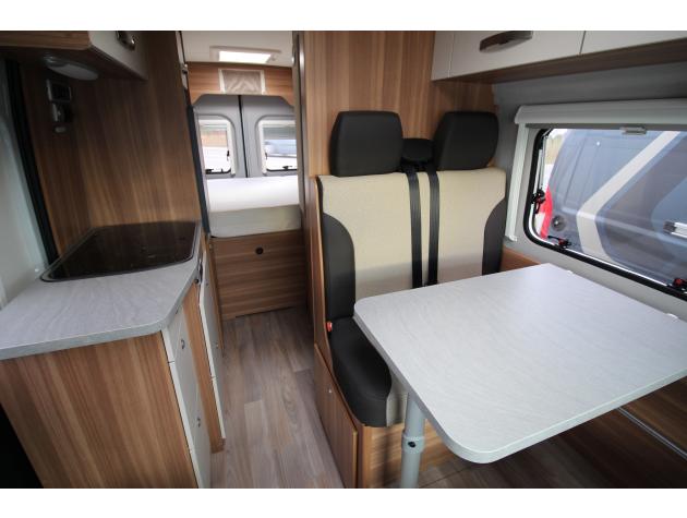 weinsberg carabus 601 mq mieten. Black Bedroom Furniture Sets. Home Design Ideas
